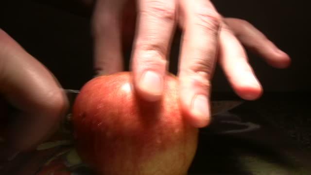 Cutting Apple video