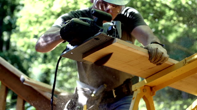 Cutting Lumber video