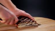 Cutting poppy cake video