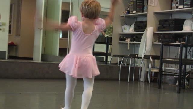 (HD1080i) Dance Like Nobody's Watching video