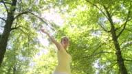 HD CRANE: Dancing In The Park video