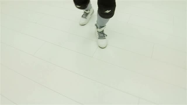 dancing legs,camera stabilization shoot video