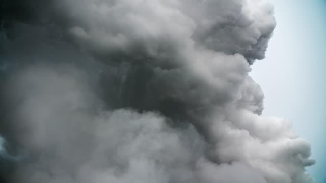 Dark Smoke Cloud video