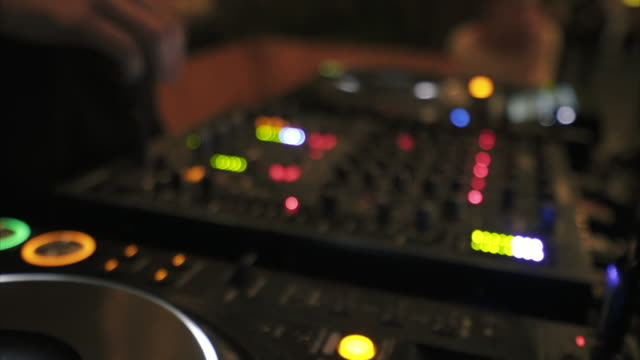 Deejay mixing songs. video