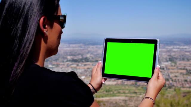 Desert Green Screen Tablet PC video