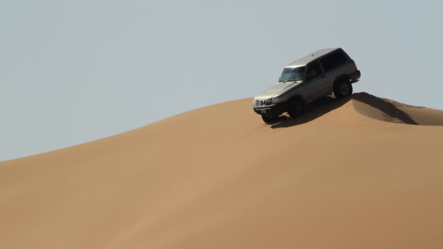 desert safari with jeep video