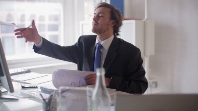 Desk accounts mid   DE video