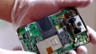Detection of electronic equipment apart. video