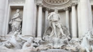 Dezoom Video of the Trevi Fountain in Rome video
