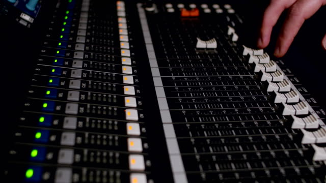 different modes of sound console video