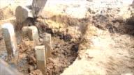 digger digging video