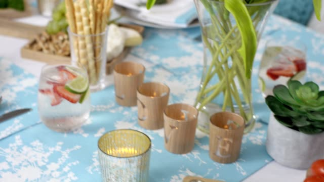 Dining Table - Summer lunch table setting video