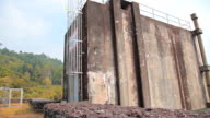 Dolly:Floodgates of the dam video