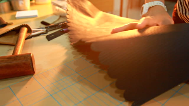 HD Dolly:Hand sewing leather video