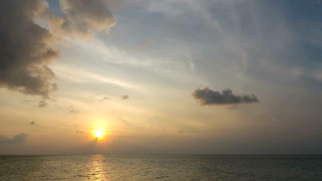 Dramatic Sunset Timelapse video