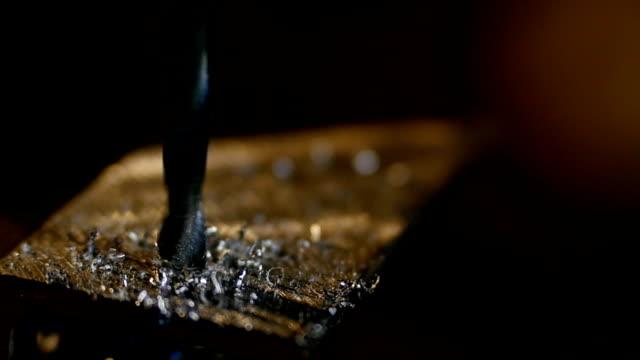 Drilling steel, slowmotion video