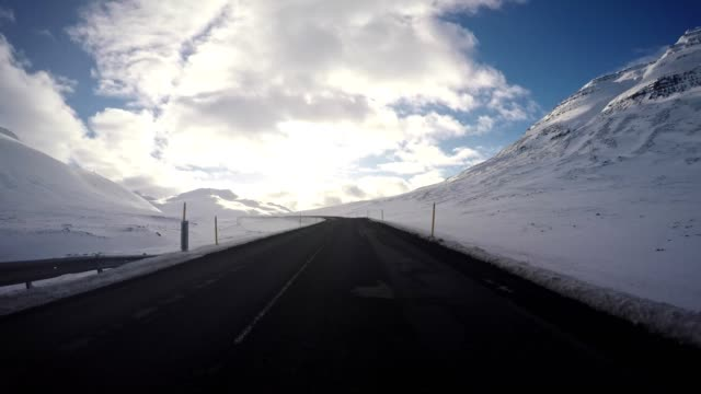 driving under the snowfall in iceland video