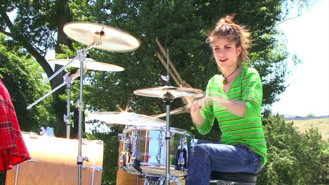 Drummer Girl video
