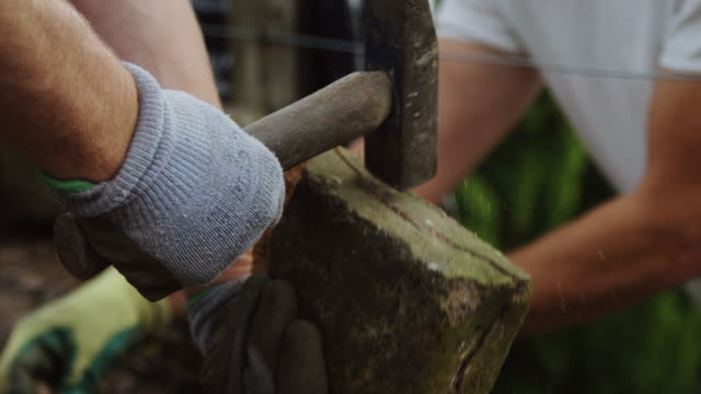 Dry Stone Wall Builders at Work video