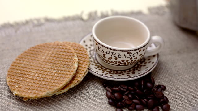 dutch stroopwafel, caramel waffle and coffee video