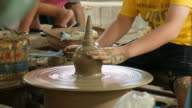 Earthenware pottery-making video