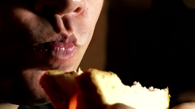 Eating sandwich video