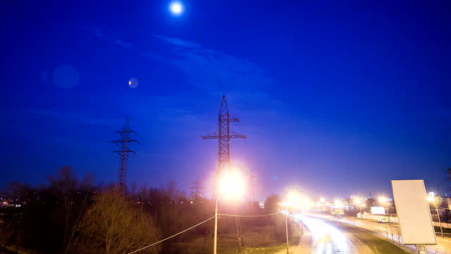 Electricity pylons in the evening - Hyperlapse video