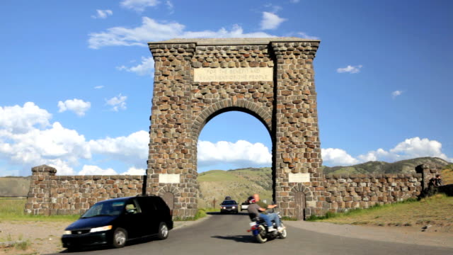 Entrance into Yellowstone National Park video