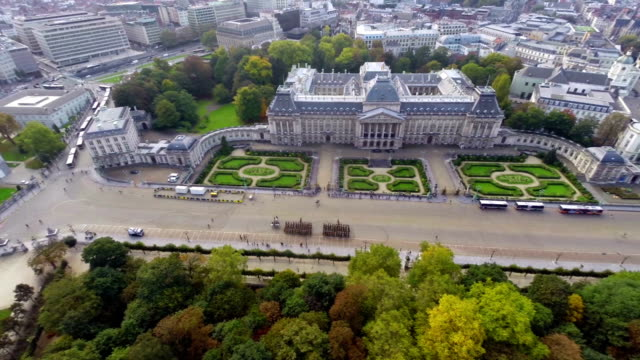 Establishing shot Royal Palace in Brussels Belgium ceremony. Beautiful aerial shot above Europe, culture and landscapes, camera pan dolly in the air. Drone flying above European land. Traveling sightseeing, tourist views of Belgium. video
