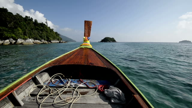 excursion on the long tail boat. video