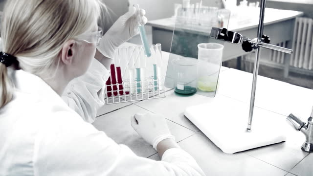 Experimentation in laboratory. video