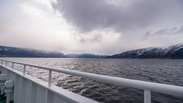 Exploring the Norwegian fjords by ferry video