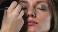 Eye shadow video