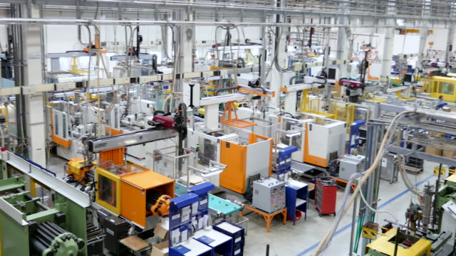 Factory - injection molding video