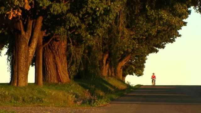 Fall Bike Girl video
