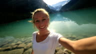Famouse spot Lake Louise selfie video