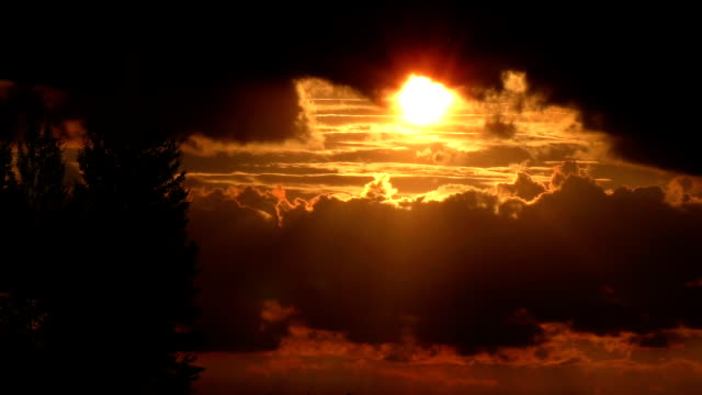 Fantastic Sunset! Timelapse with close-up view of setting sun video