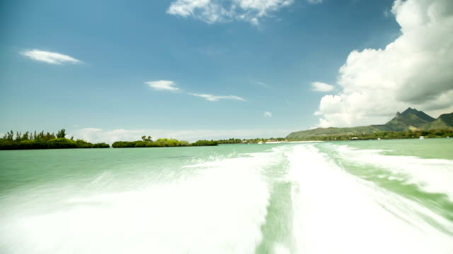 fast boat ride in Mauritius video