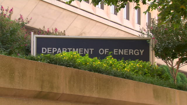 HD Federal Building Energy ZoomOut2 (1080/24P) video