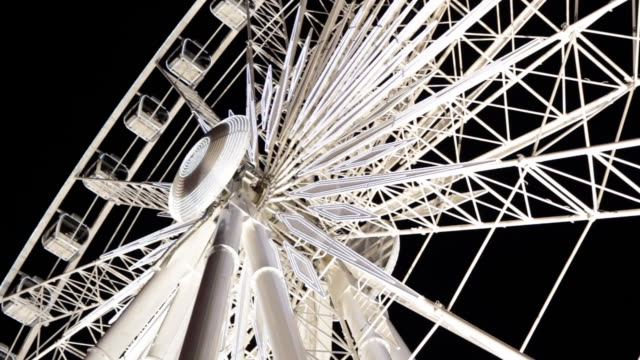 Ferris wheel at night. video
