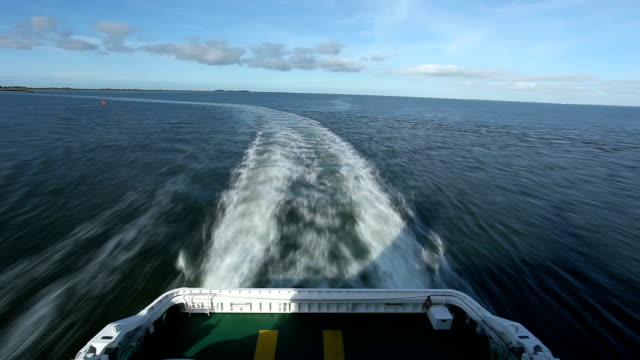 Ferry - time lapse video
