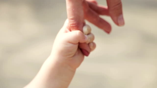 Finger in hand video