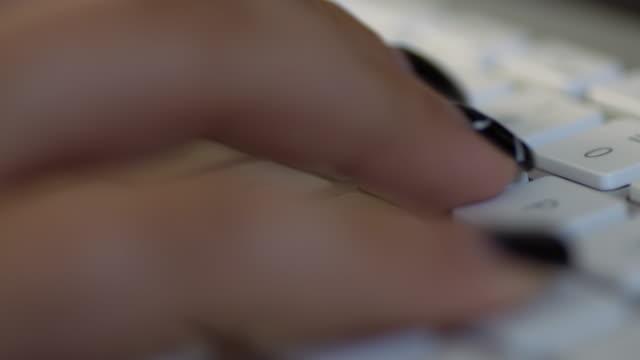 ECU Fingers typing on a keyboard video