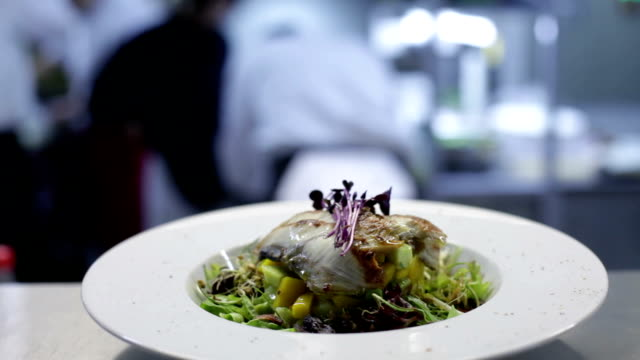 fish dish video