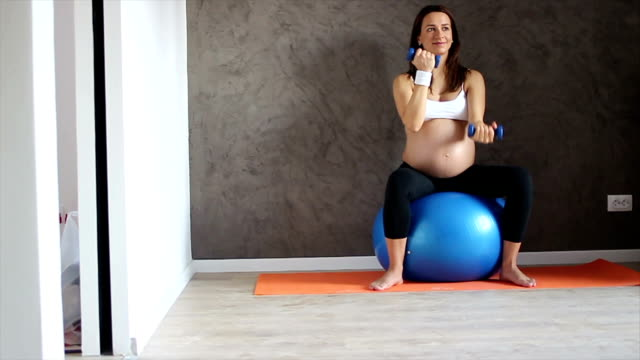 Fitness is the key to a healthy pregnancy video