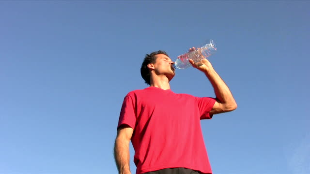 HD Fitness man drinking water video