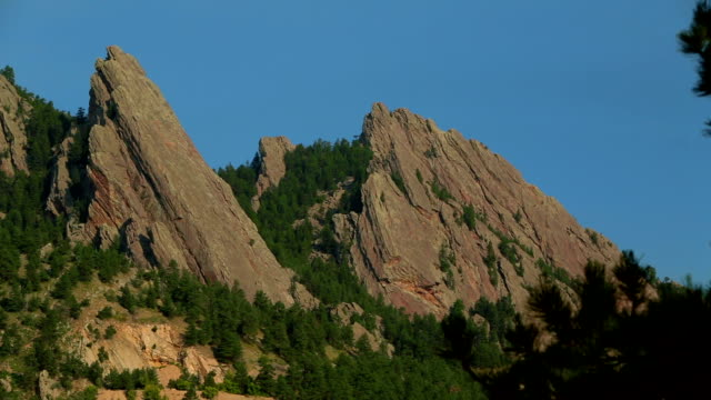 Flatirons Close up video