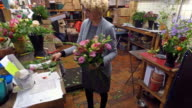 4K: Florist woman entrepreneur video