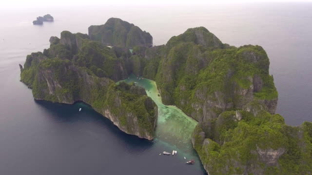 Flying around Beautiful Sea Lagoon, Phi Phi Island, Thailand video
