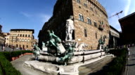 Fontana del Nettuno, Fountain of Neptune video